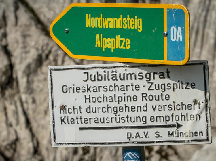 Alpspitze Und Jubilaeumsgrat An Der Zugspitze