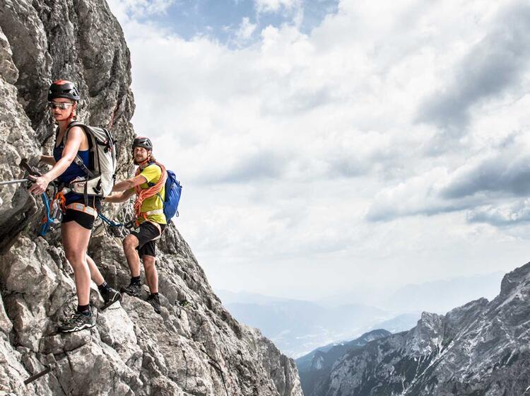 Am Hoellentalklettersteig Nach Dem Uebergang Vom Zugspitz Gletscher