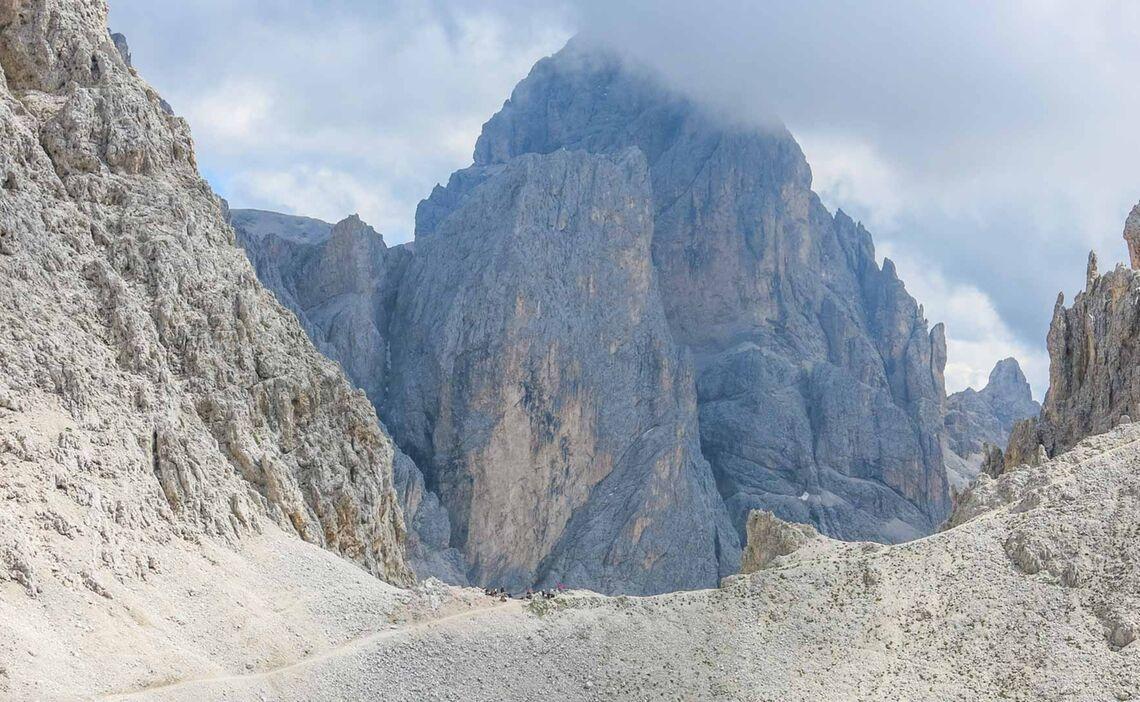 Auf Dem Weg Zur Grasleitenpasshuette In Den Dolomiten