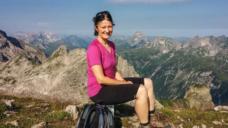 Auf Der Alpenueberquerung E5 Mit Bergwanderfuehrer Katja Doerig