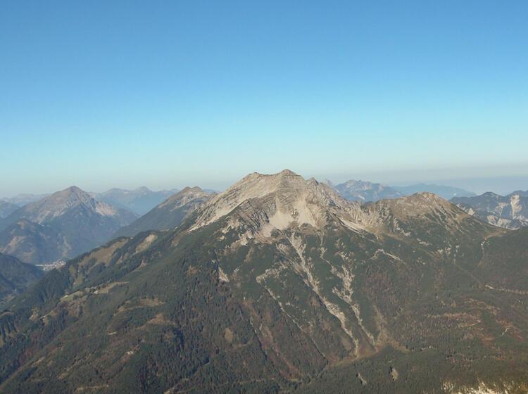 Ausblick Vom Waxenstein Aus Der Klettertour Zwoelferkante