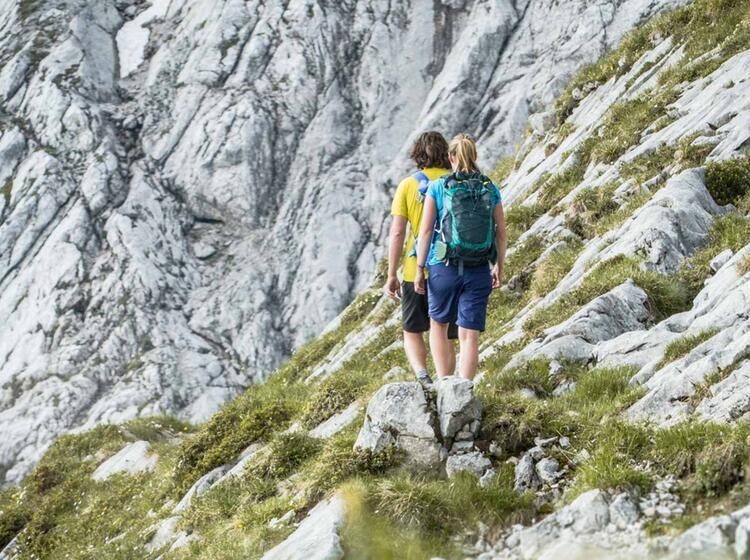 Bequemer Zustieg Zum Klettersteig Alpspitze Mit Der Alpspitzbahn