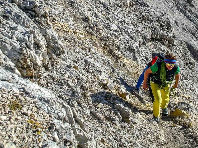 Bergfuehrer An Der Zugspitze Jubilaeumsgrat