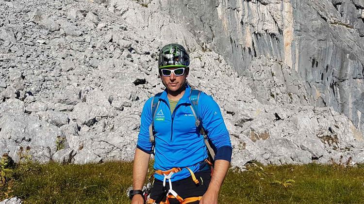 Bergfuehrer Markus Schubert Beim Klettersteigkurs An Der Alpspitze