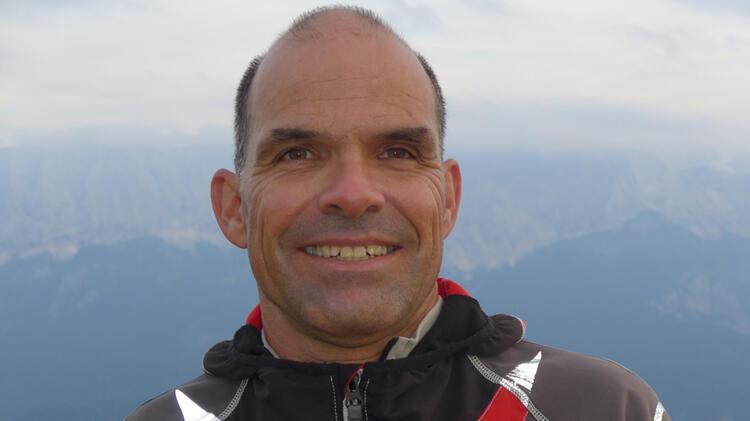 Bergwanderfuehrer Andreas Schneider Auf Der Zugspitze