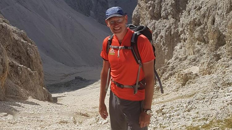 Bergwanderfuehrer Manfred Beier Auf Tour 1