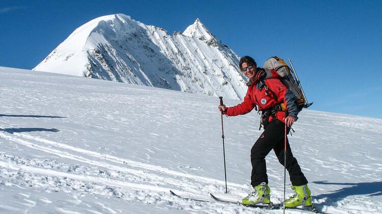 Birgit Kosak Bergfuehrerin Skitouren Im Wallis