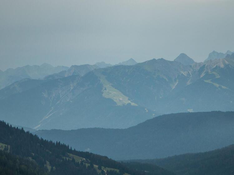 Blick Von Der Ehrwalder Alm Auf Der Wanderwoche Wetterstein Runde