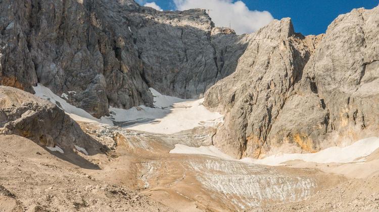 Blick Zum Hoellental Gletscher Und Einstieg Des Klettersteig Zur Zugspitze