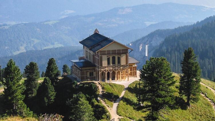 Das Schachenh Schloss Auf Der Wanderung Im Wetterstein
