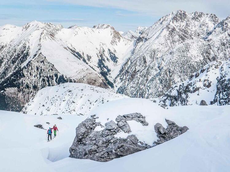Das Schafkar In Den Lechtaler Alpen Mit Bergfuehrer Auf Skitour