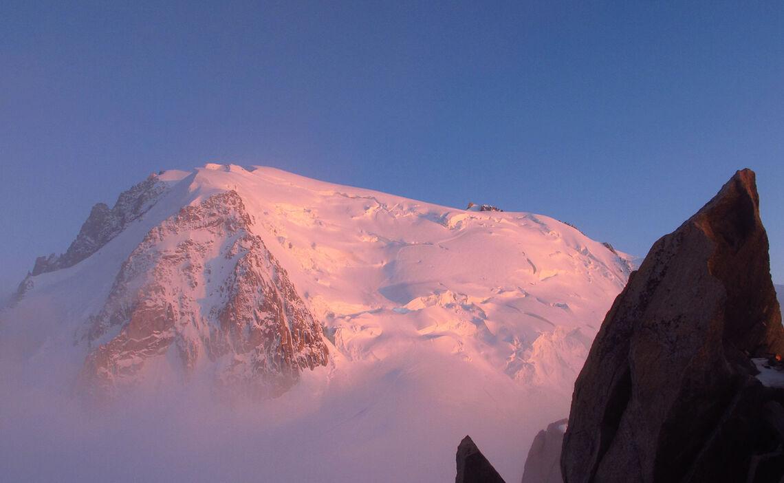 Der Mont Blanc Du Tacul Ist Teil Der Mont Blanc Ueberschreitung Auf Der Hochtourenwoche