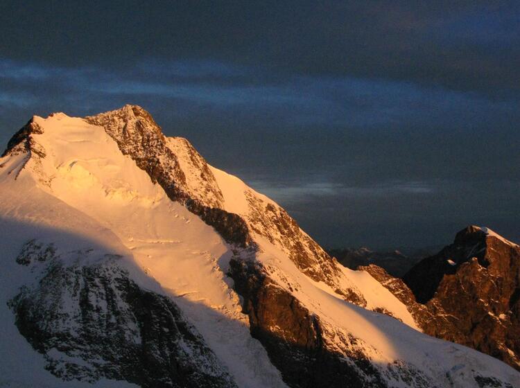 Der Piz Bernina Mit Dem Biancograt