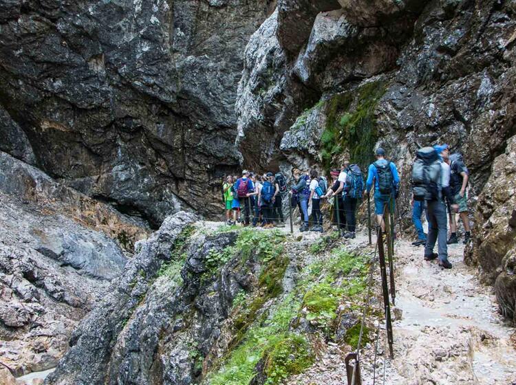 Die Hoellentalklamm Auf Der Wanderung Rund Um Die Zugspitze Im Wetterstein Gebirge