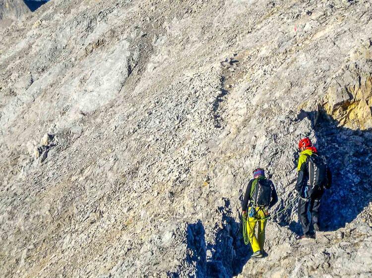 Die Letzten Meter Zum Gipfel Der Zugspitze Vom Blassengrat Ueber Den Jubilaeumsgrat