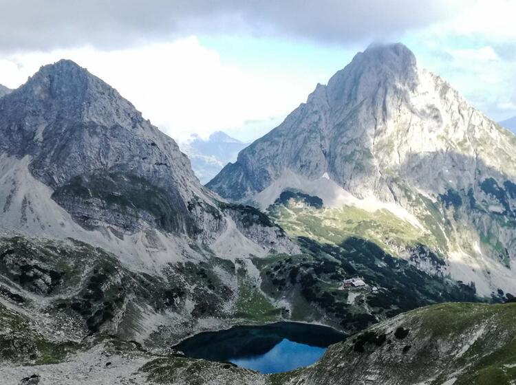Die Neue Alpenueberquerung Von Der Zugspitze Nach Meran