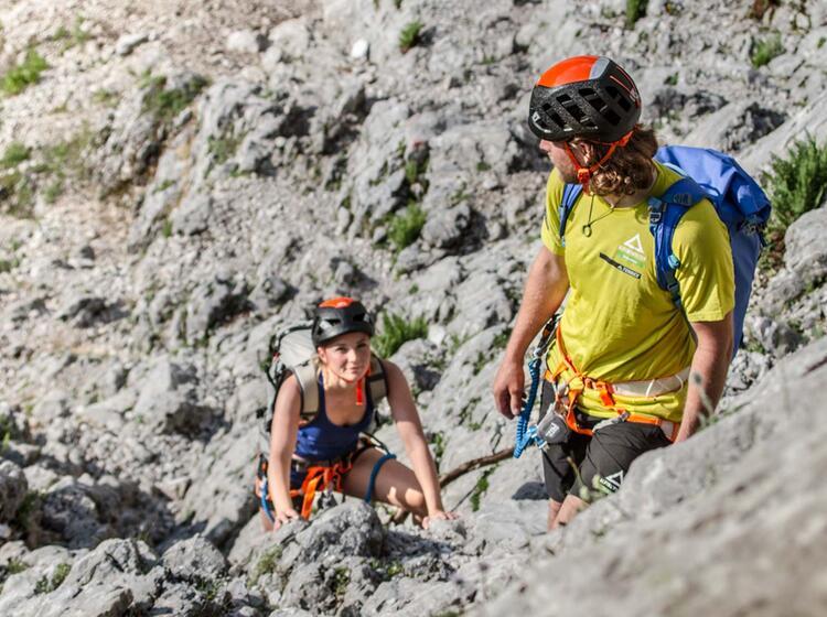 Einstieg In Den Klettersteig Zum Brett Und Weiter Ueber Das Hoellental Zur Zugspitze