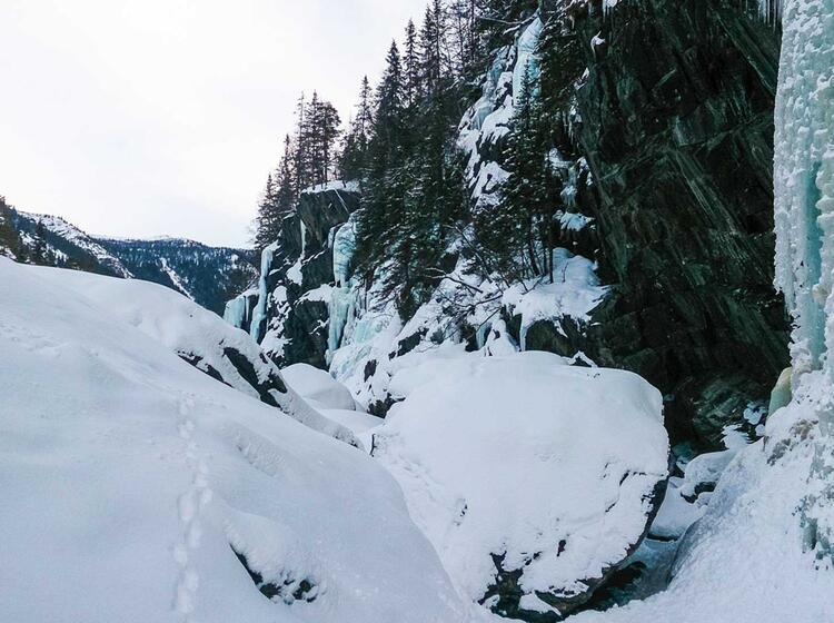 Eisklettern Rund Um Rjukan In Norwegen