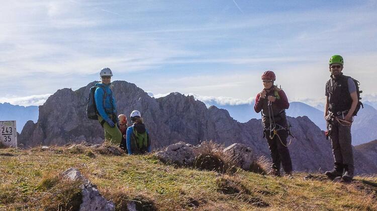 Fuehrung Am Mittenwalder Hoehenweg Am Klettersteigkurs