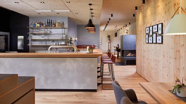Hotel Lechzeit Bar
