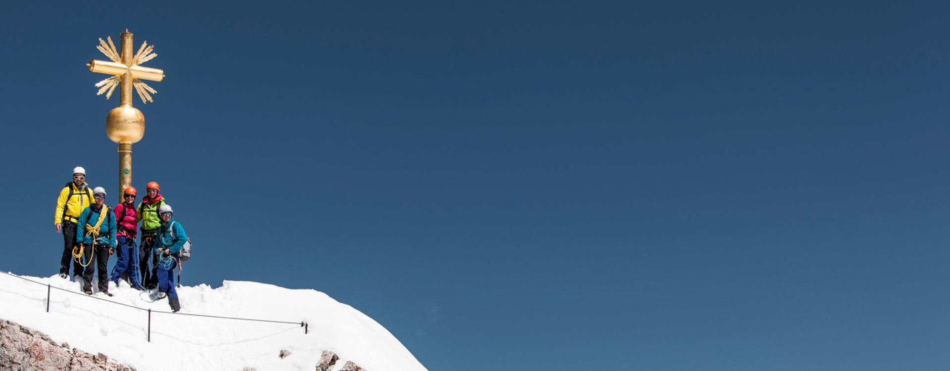 im-winter-auf-die-zugspitze-mit-bergfuehrer