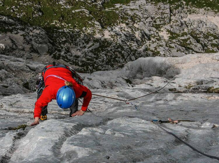 Klettern Am Waxenstein In Der Zwoelferkante