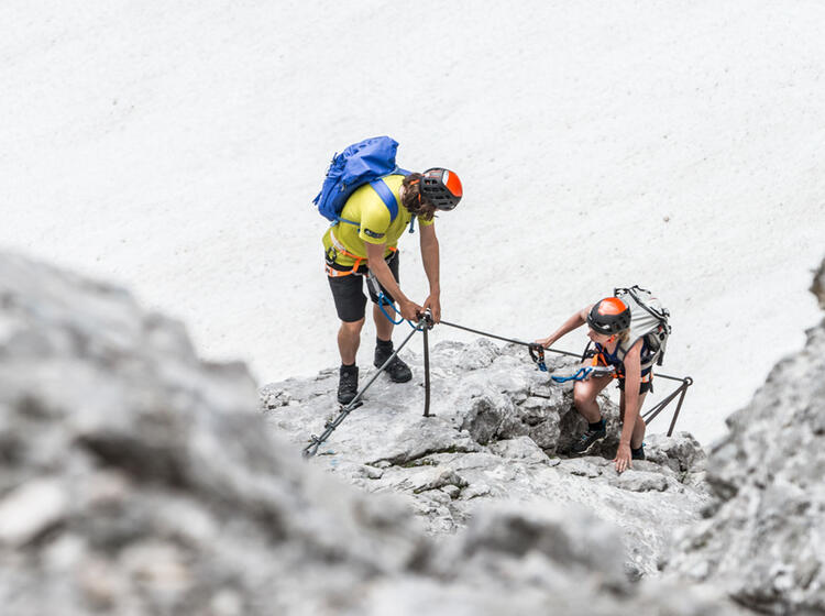 Klettern Auf Die Zugspitze Ueber Den Klettersteig Und Gletscher