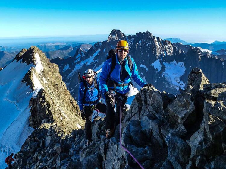 Klettern Auf Hochtour Am Finsteraarhorn