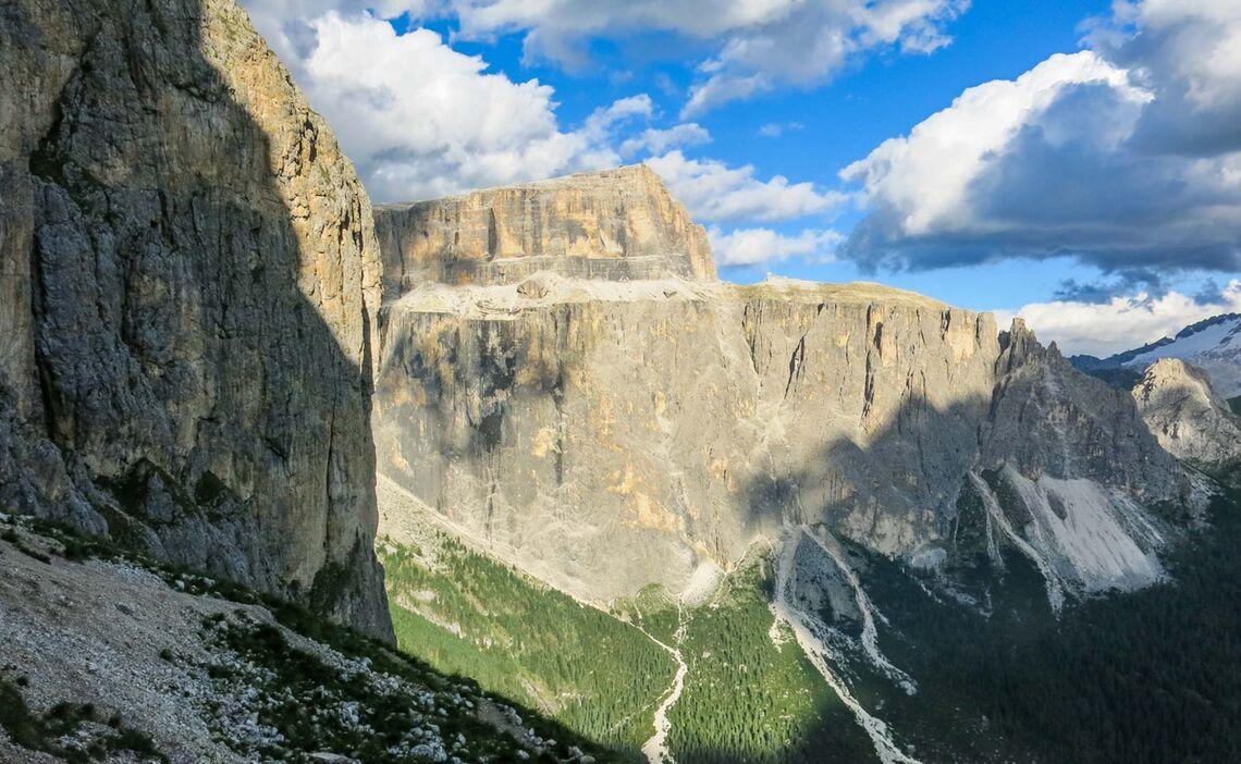 Klettern In Den Dolomiten Am Pordoi Fedele