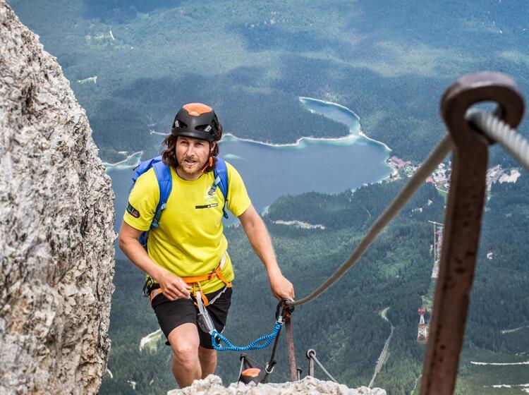 Klettersteige Auf Die Zugspitze Mit Bergfuehrer