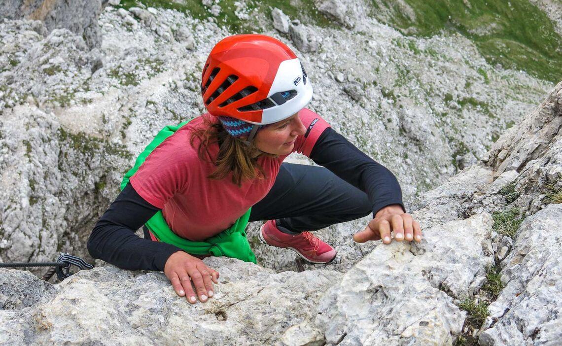 Klettersteiggehen In Den Dolomiten Am Bosseekofel