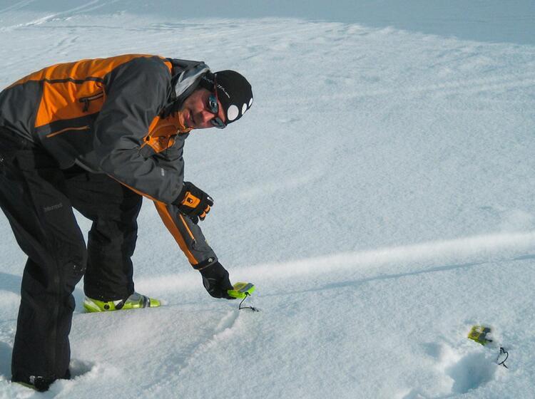 Lawinenverschu Ttetensuche Auf Dem Skitourenkurs Heidelberger Hu Tte