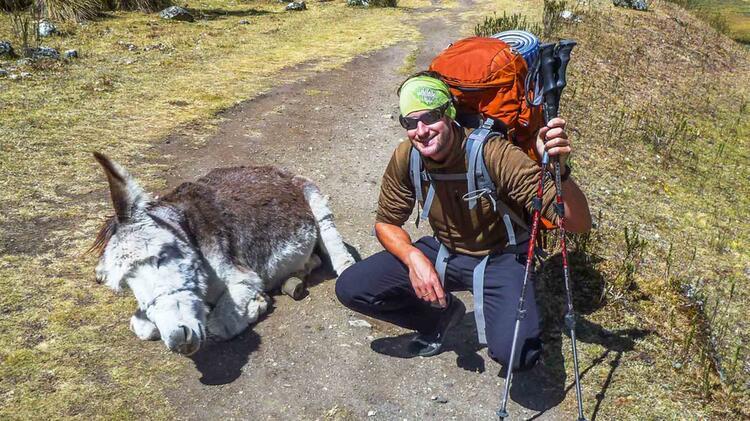 Mit Bergfuehrer Tobias Stampfl Auf Expediton In Peru Am Alpamayo