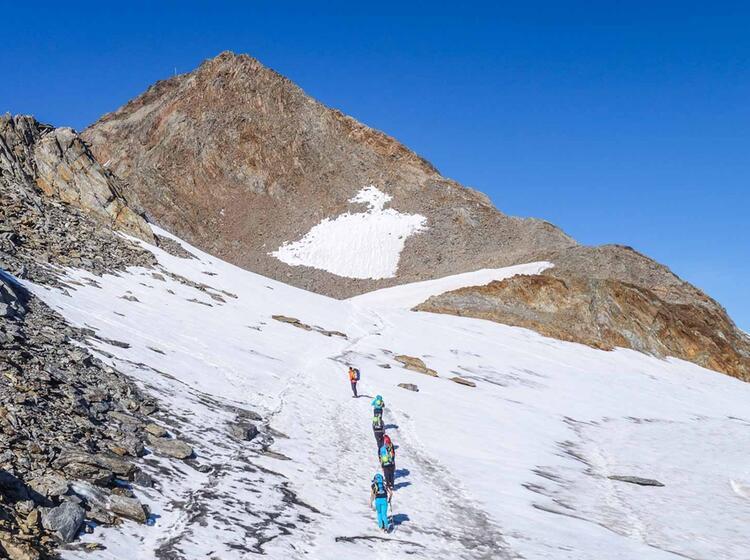 Oetztal Durchquerung Mit Wildspitze Und Similaun 1