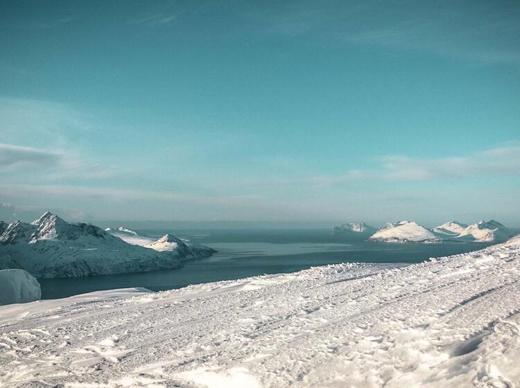 Panorama Auf Der Skitourenwoche In Den Lyngenalpen Mit Skitouren Vom Meer