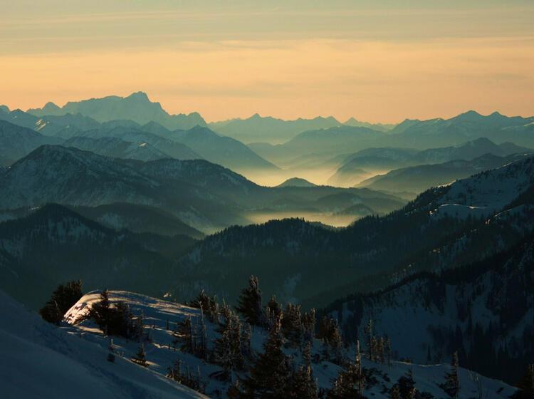 Schneeschuhtour Am Spitzingsee Blick Zur Zugspitze