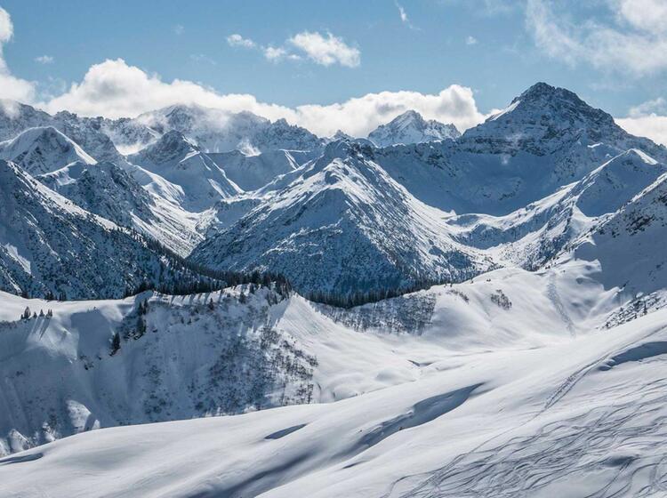 Skitouren Mit Bergfuehrer Abendspitzenamloser Wetterpsitze