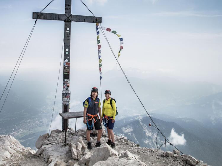 Traumhafter Gipfel Alpspitze Ueber Garmisch