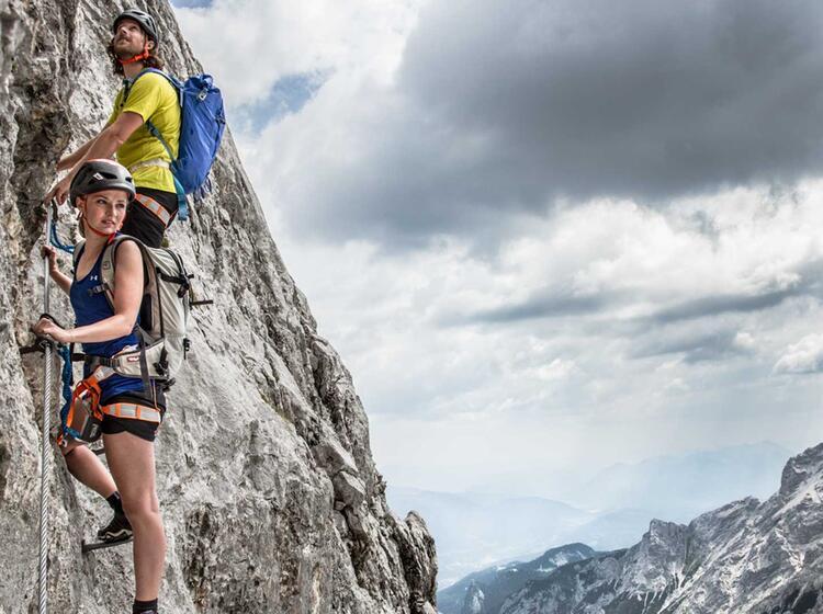 Ueber Das Hoellental Auf Die Zugspitze Klettern