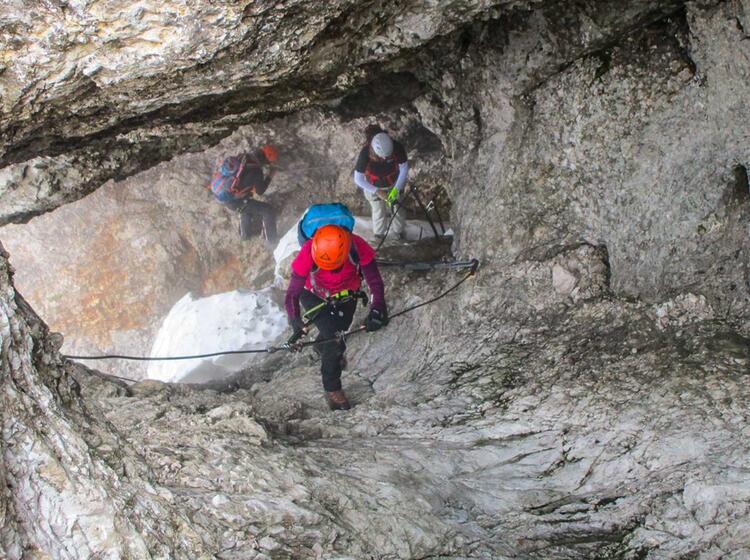 Ueber Den Klettersteig Stopselzieher Auf Die Zugspitze