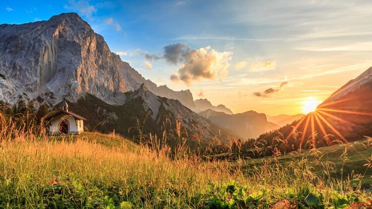 Wandern Auf Dem Karwendelhoehenweg