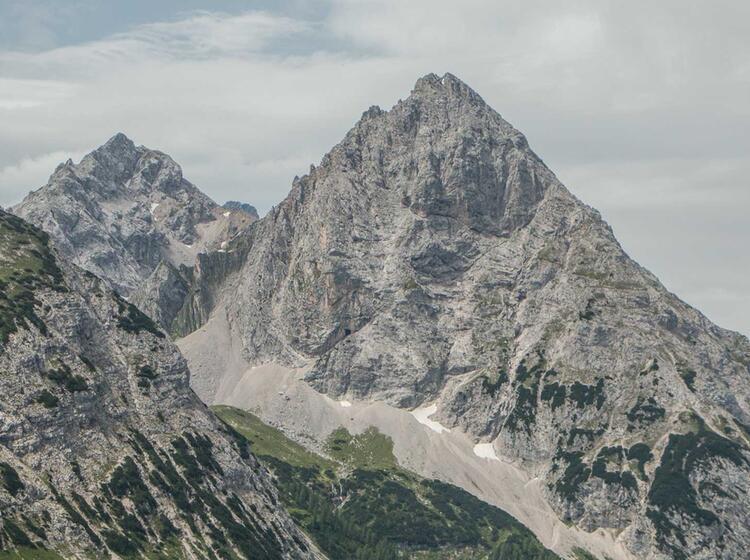 Wandern Auf Der Wettersteinrunde Von Ehrwald Nach Garmisch