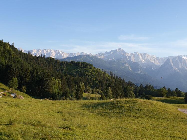 Wandern In Garmisch Partenkirchen Mit Blick Zugspitze