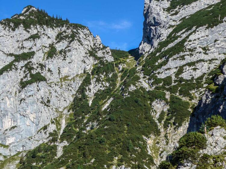 Wandern Mit Fuehrer Durch Die Hoellentalklamm Zum Hupfleitenjoch