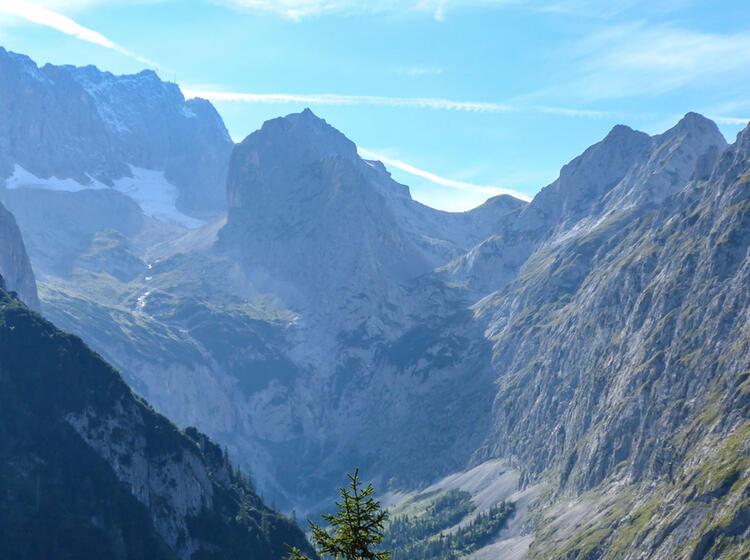 Wanderwoche Garmisch Mit Blick Auf Die Zugspitze